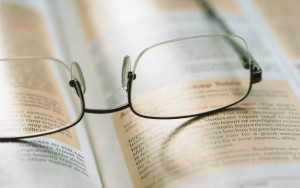 Eyeglasses_and_book_pp_with_attrib