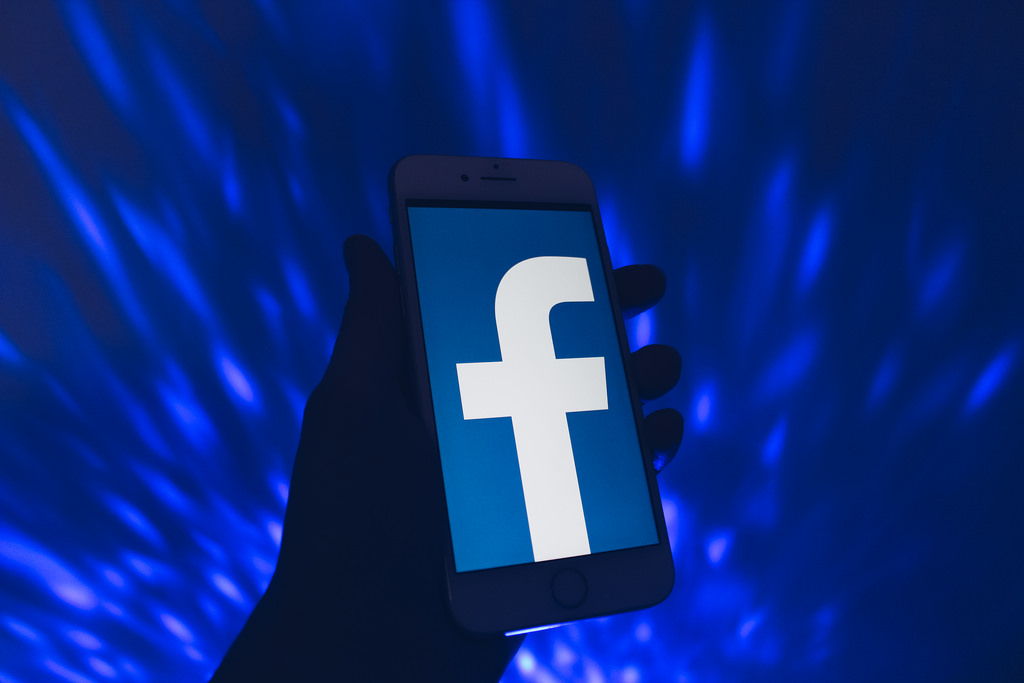 UK ICO intends to fine Facebook 500,000 GBP